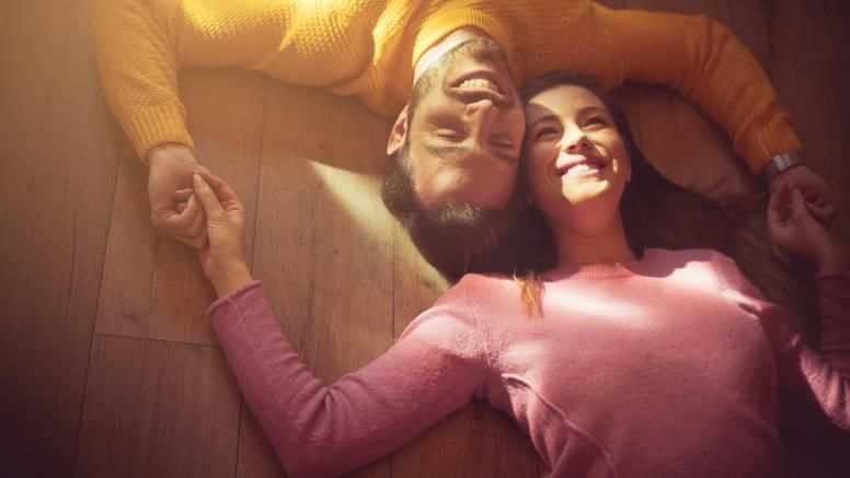 10 stvari zbog kojih će vas žena voljeti na duge staze - učinite to