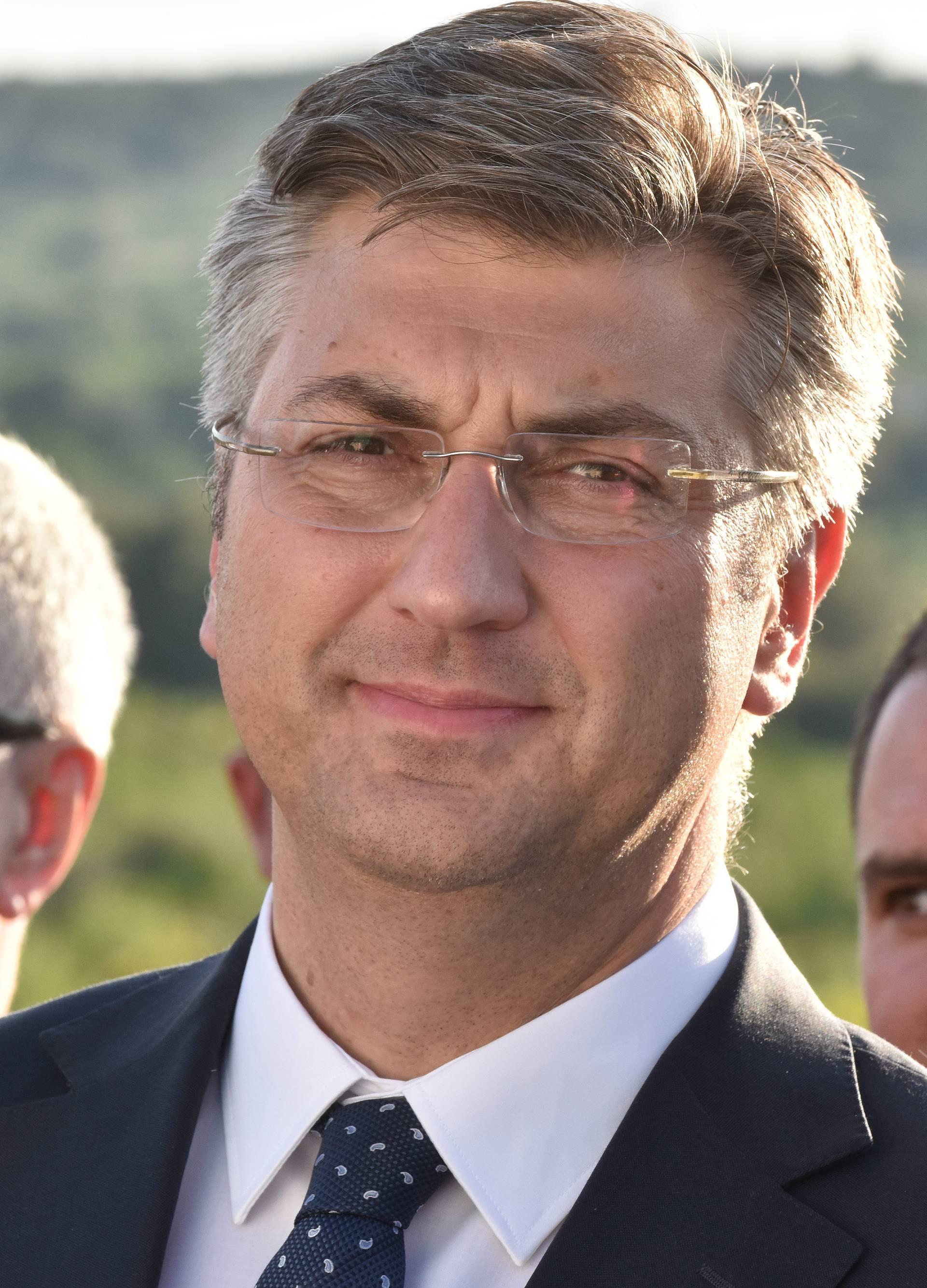 Velika čistka  u HDZ-u: Leti do 200 članova, otišli na tuđe liste