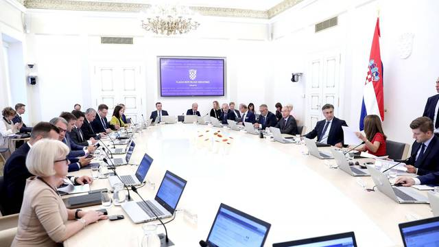 Zagreb: U Banskim dvorima održana 177. sjednica Vlade