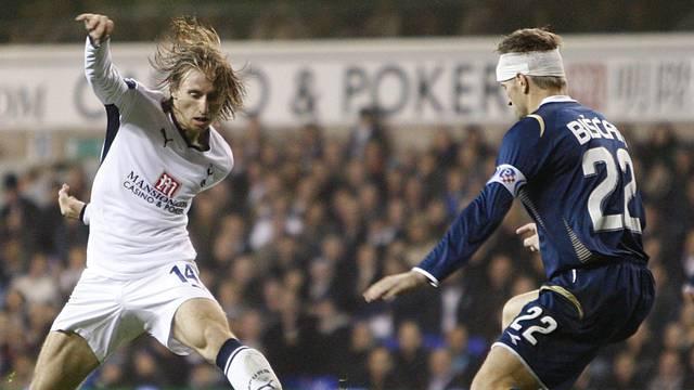 Soccer - UEFA Cup - Group D - Tottenham Hotspur v Dinamo Zagreb - White Hart Lane