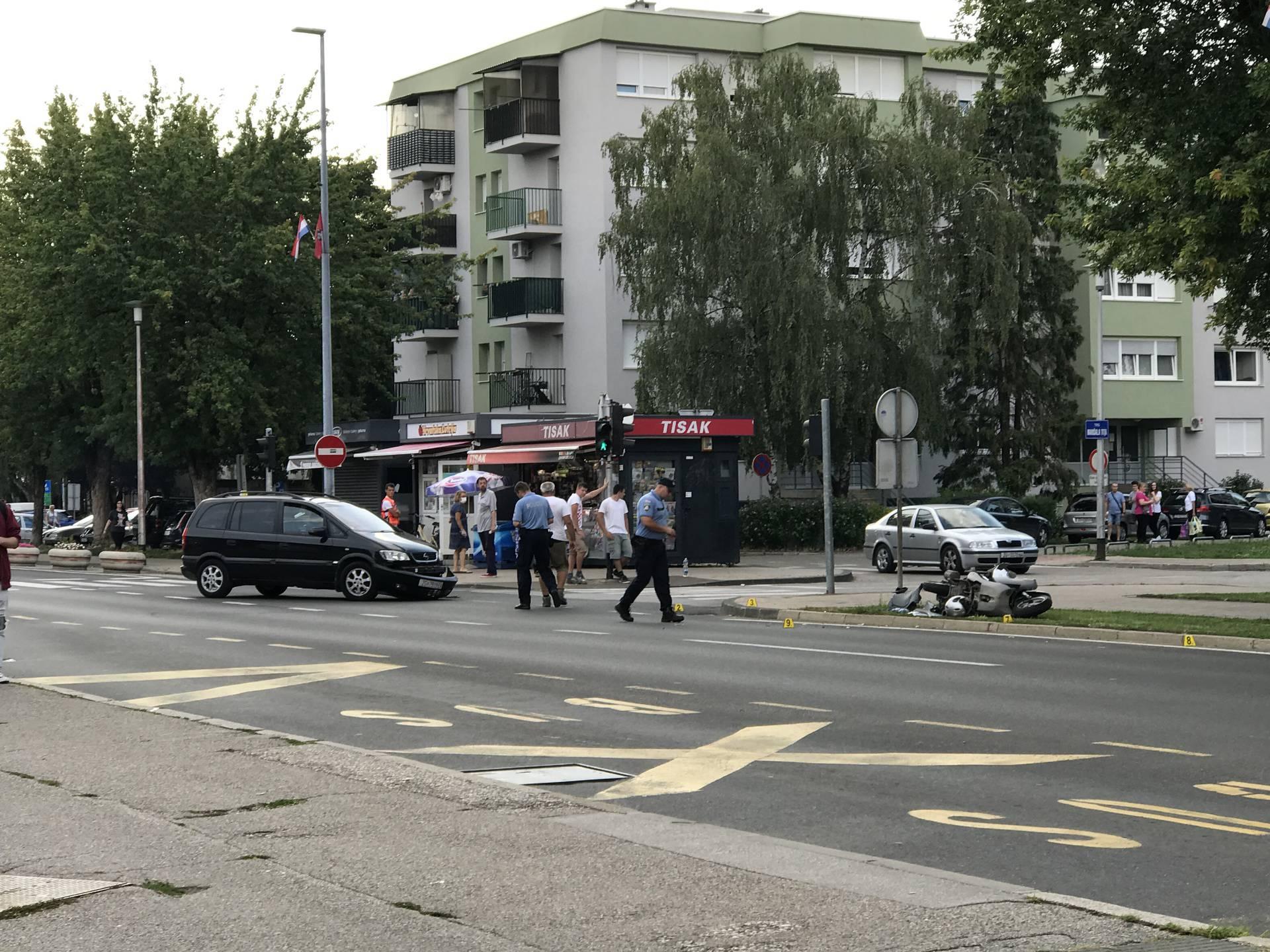 Sudar auta i motora u Velikoj Gorici: Dvoje ljudi je ozlijeđeno