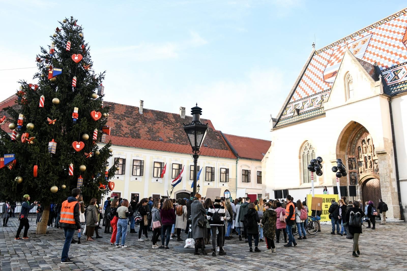 Zagreb: Na Trgu svetog Marka održan prosvjed za klimu