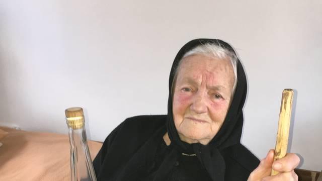 Baka (86): 'Ubilo me kad sam dobila kaznu za pečenje rakije'