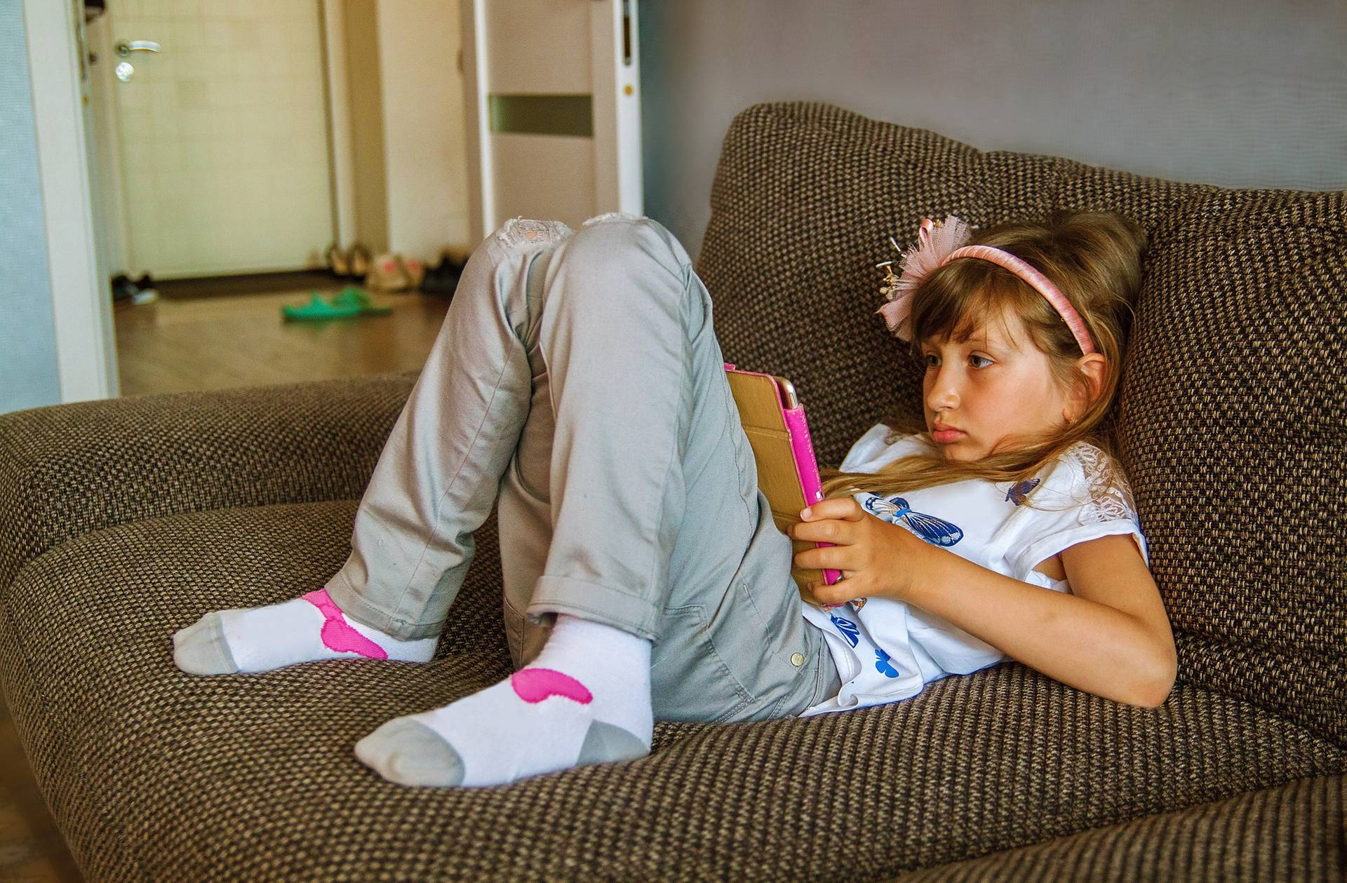 Kako djeci smanjiti vrijeme pred ekranom bez vrištanja i urlanja?