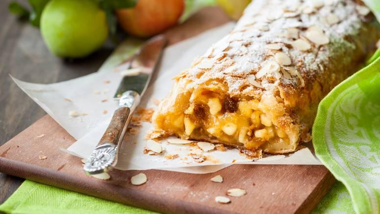 Štrudla od jabuka idealna je za jesenske dane: Napravite ju u nekoliko jednostavnih koraka
