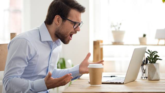 Mad,Male,Worker,Lose,Temper,Scream,Loudly,Having,Computer,Problems