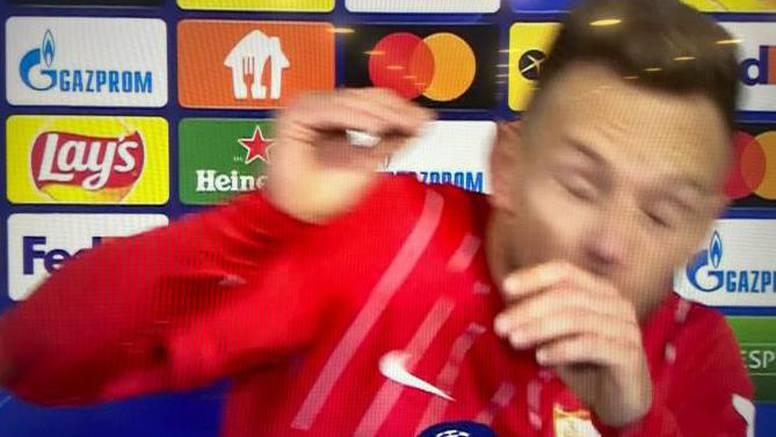 Gađao Rakitića pivom usred televizijskog intervjua!? 'Samo ga je sreća spasila  od luđaka'