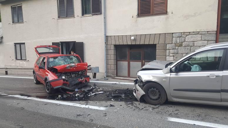 Teška prometna nesreća kod Senja: Četvero ljudi ozlijeđeno
