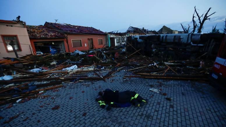 U posljednjih 20 godina Česi zabilježili 13 razornih tornada: Vjetar je puhao i do 330 km/h