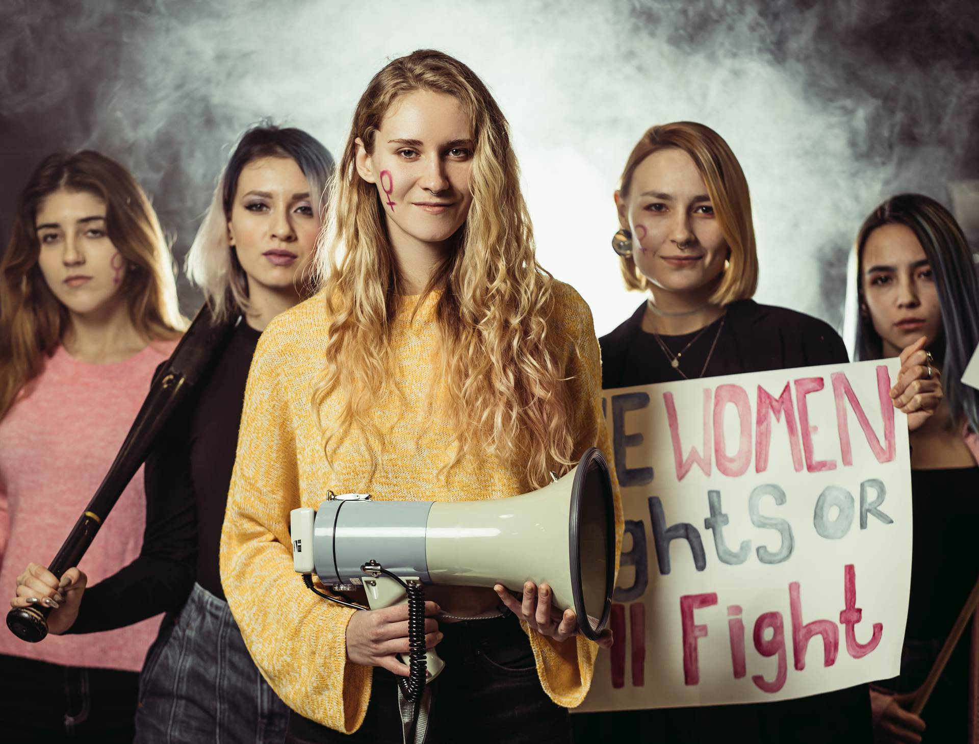 'Žene previše pričaju': Njihov glas je ušutkavan oduvijek, a ni danas nisu glasne u javnosti