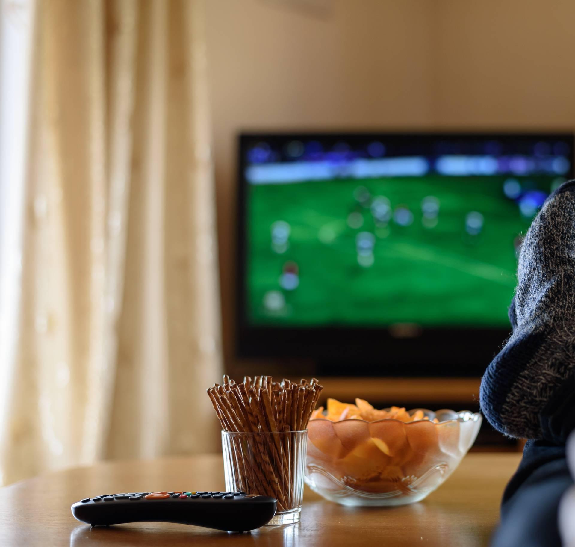 Top 5 razloga zašto je ustvari vrlo korisno gledati televiziju