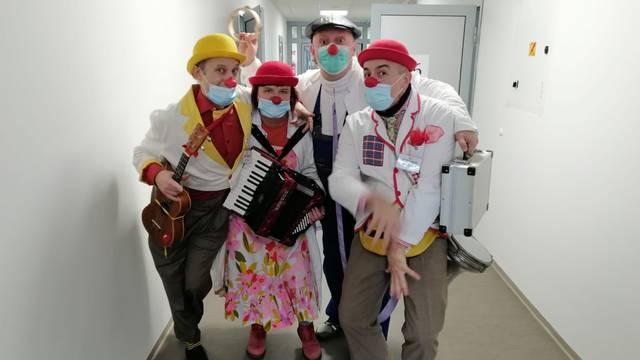 Crveni nosovi posjetili Baniju: 'Želimo vratiti osmijeh ljudima'