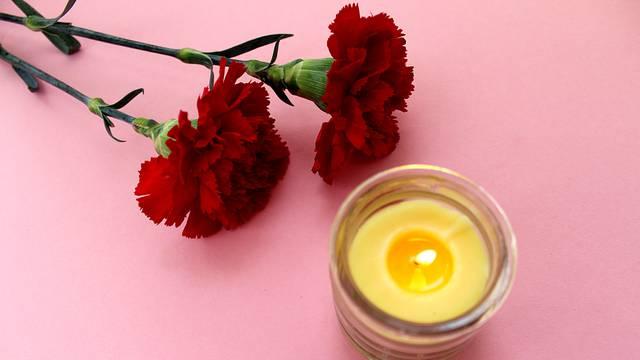 Alu folija pomaže ako vam veća svijeća izgori samo u središtu