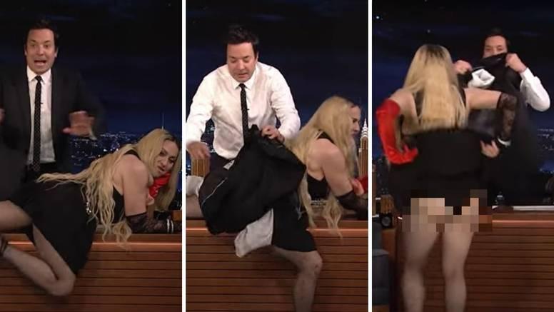 Madonna u suknjici skočila na stol voditelja i pokazala guzu: 'Umjetnici su tu da naruše mir'
