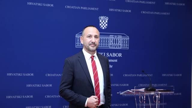 Zagreb: Konferencija za medije Hrvoja Zekanovića na temu Nekontrolirano trošenje proračunskog novca