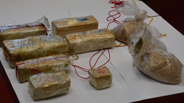 DEA uhitila sedmoricu Srbina i Bugarina, našli 22 kg heroina