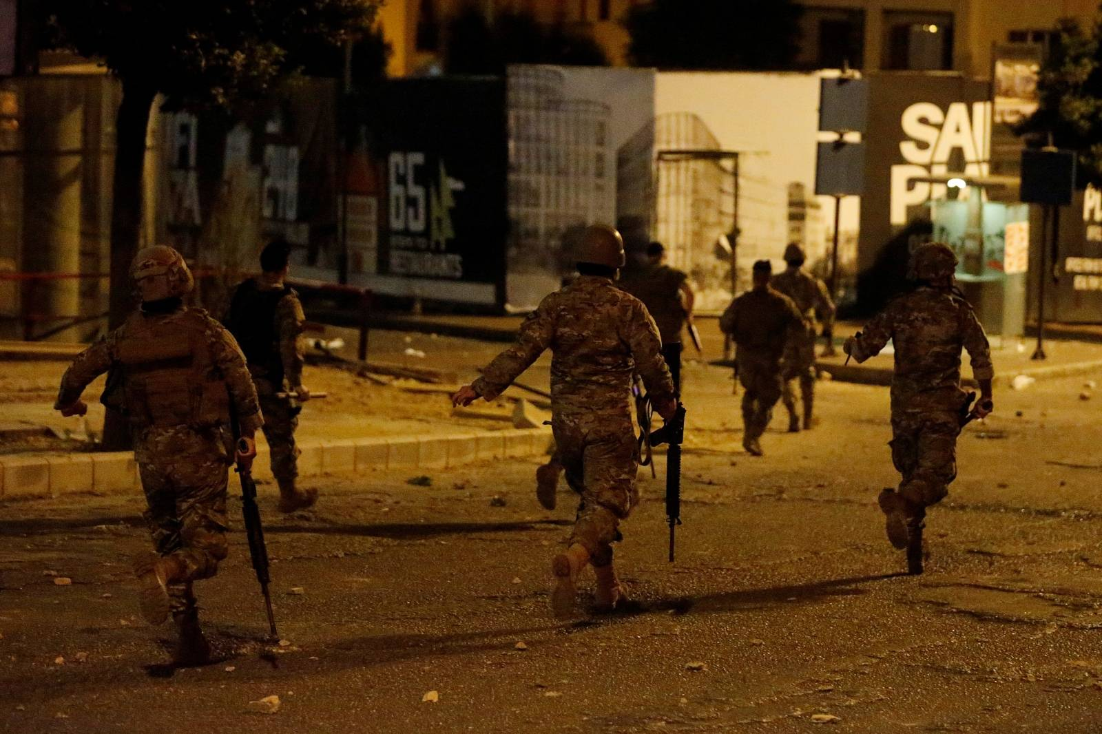 Lebanese army soldiers are deployed during clashes between anti-government demonstrators and supporters of the Lebanese Shi'ite groups Hezbollah and Amal in Beirut