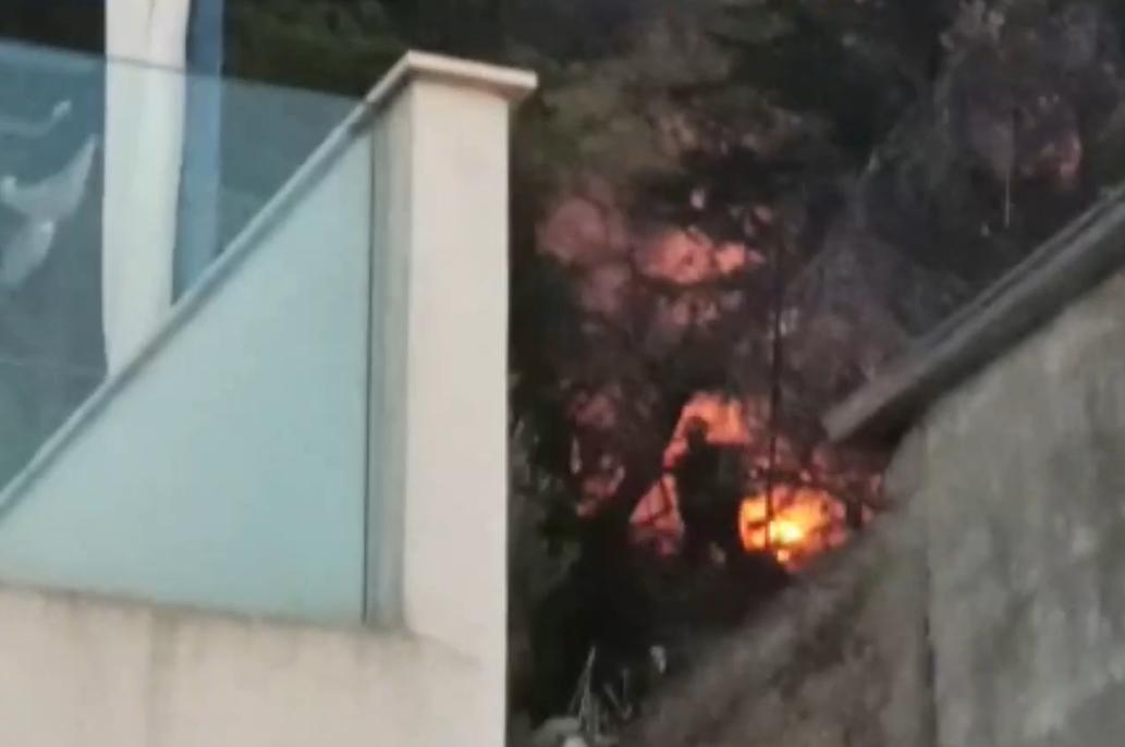 Požar u Tribunju: Približavao se kućama, uspjeli ga lokalizirati