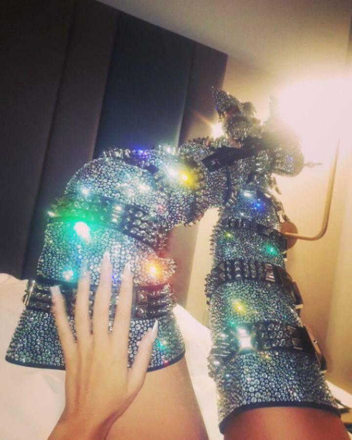 Optočene dijamantima: Soraja nosi čizme od 75 tisuća kuna...