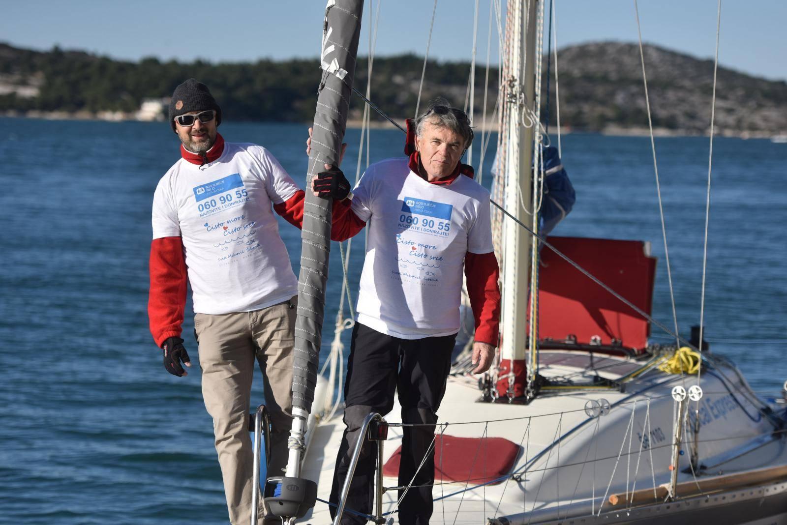 Šibenski liječnik Dražen Grgić s jedriličarom Branimirom Vlajom krenuo jedrilicom na put do Brazila