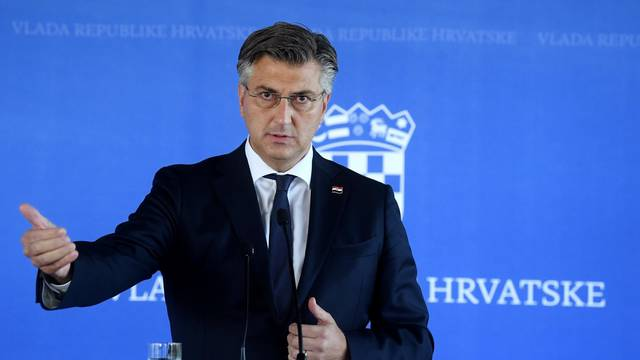 Zagreb: Plenković i Dombrovskis obratili se medijima nakon sjednice Nacionalnog vijeća