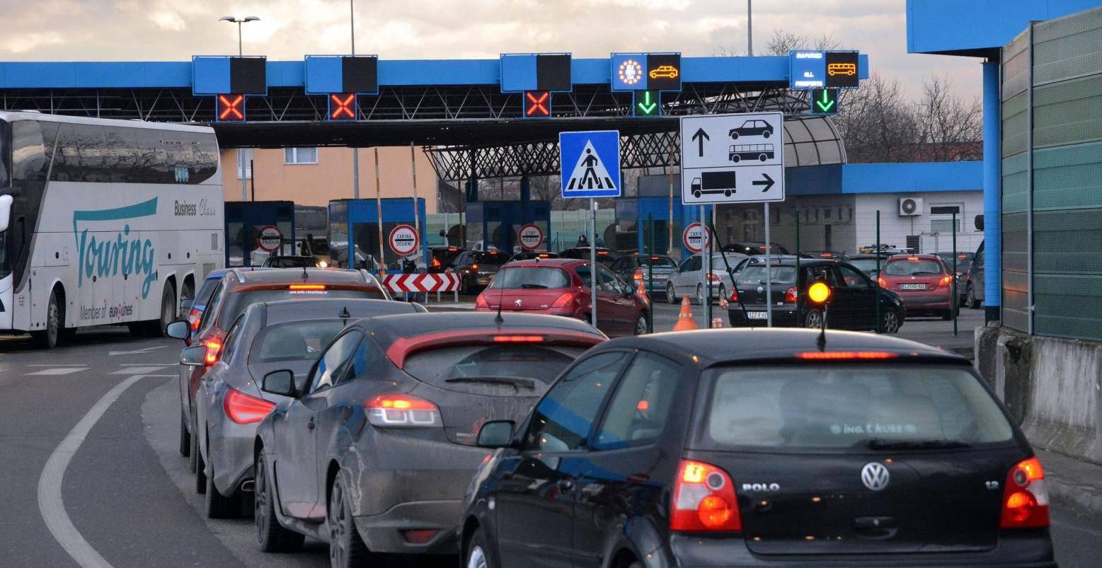 Slavonski Brod: Kolona vozila na graničnom prijelazu