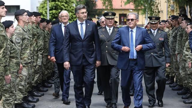 Zagreb: Svečano obilježavanje Dana hrvatske vojske