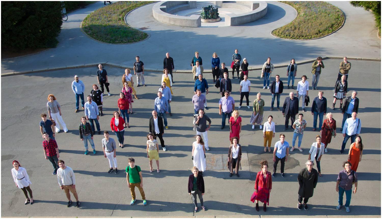 Umjetnici su se okupili ispred HNK: Uskoro počinju s radom...
