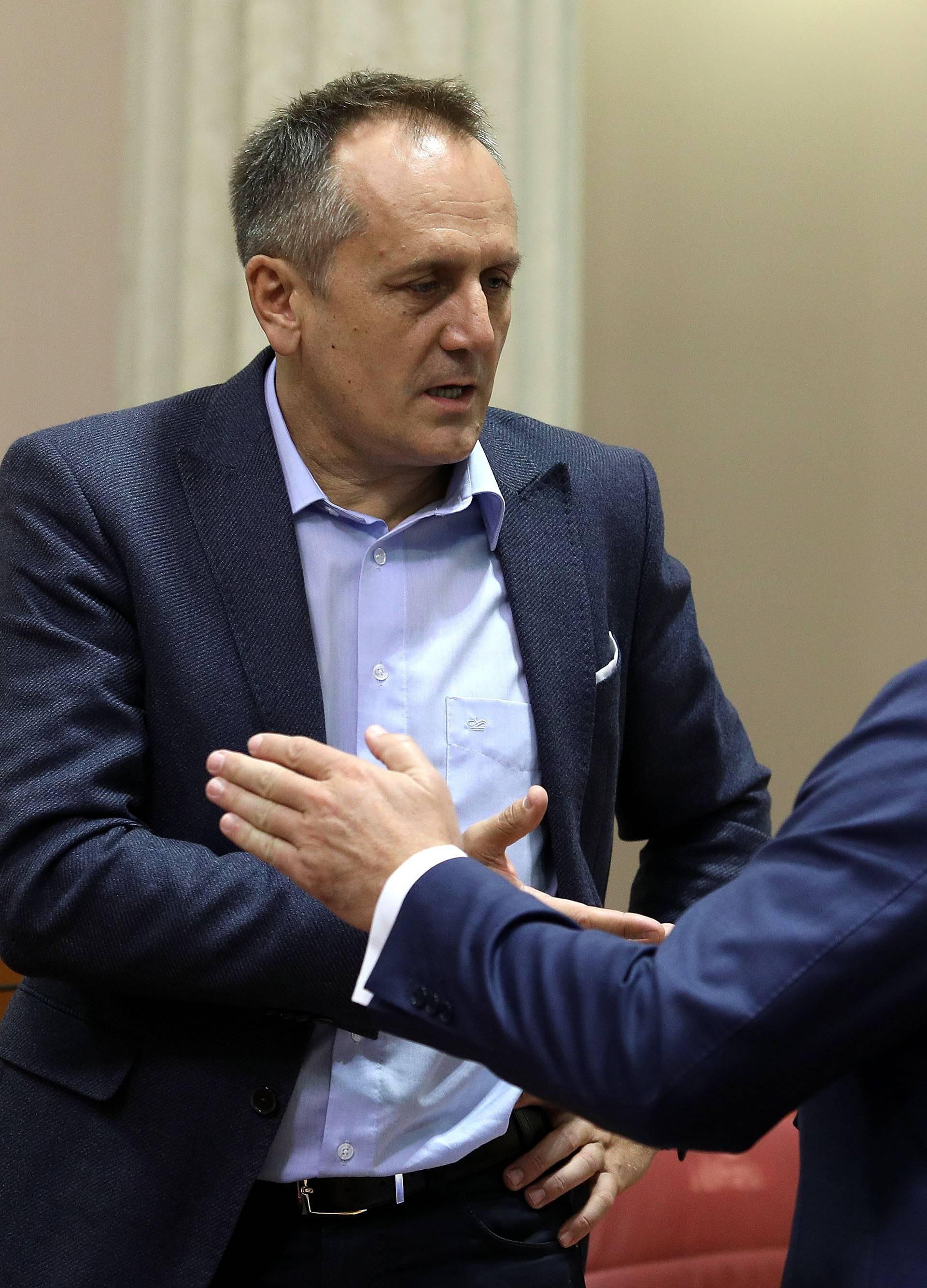 Komuniciraju pismima: Počinje okršaj za zagrebački HDZ...