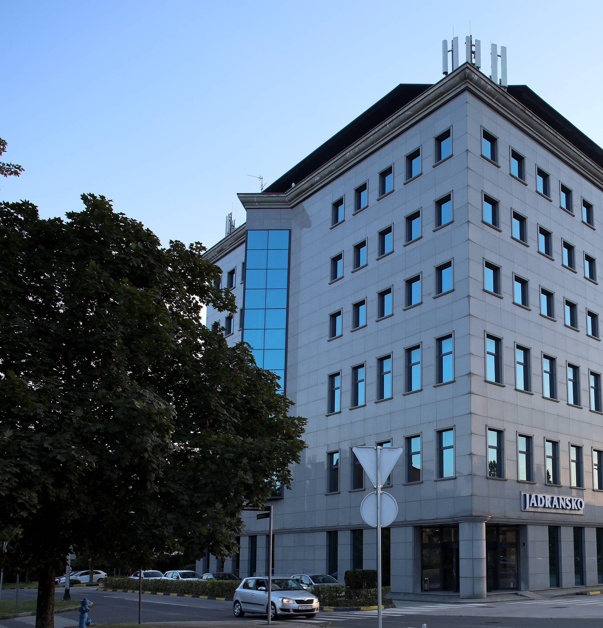 Jadransko mijenja ime u Adriatic osiguranje i širi se
