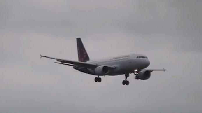 Putnici je pozlilo na letu, zrakoplov završio u karanteni