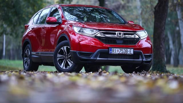 Impresivna je  i u najjeftinijoj verziji: Honda CR-v na testu