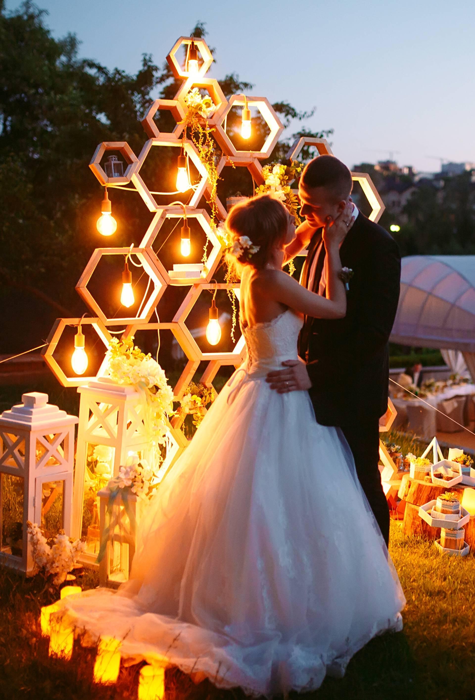 Ovo je najbolji način za odbiti poziv na vjenčanje zbog korone