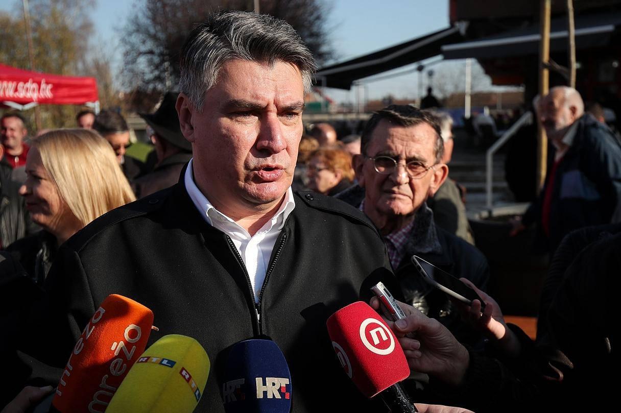 Predsjednički kandidat Zoran Milanović posjetio je građane Siska