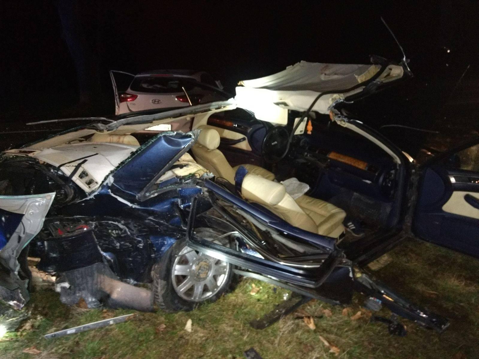 Horor u Čepinu: Dvoje teško ozlijeđenih, auto je smrskan...
