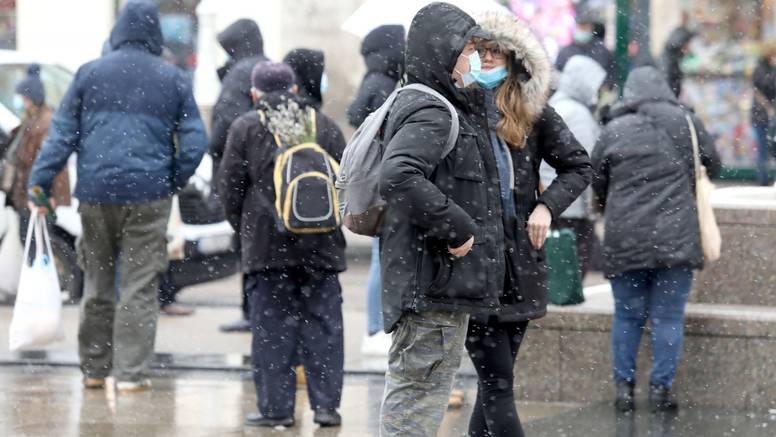 Spremili ste zimske jakne? Opet će vam trebati, stiže nam snijeg
