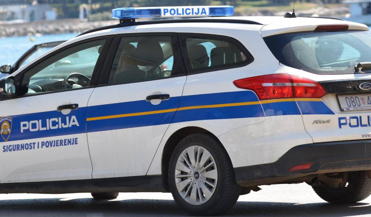 Smrt u centru Šibenika: 'Ukrao bocu ruma i srušio se u pekari'