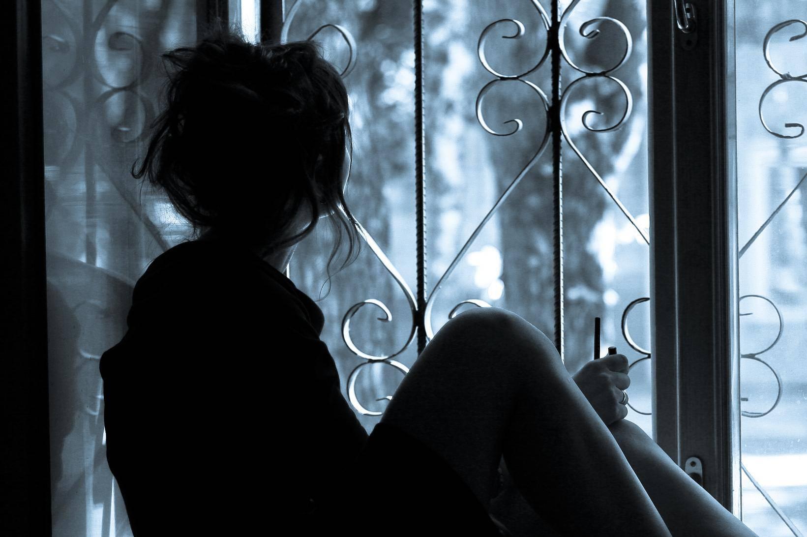 Trudna sa 17 godina, ne zna je li otac njezin dečko ili mamin...