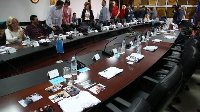 Svađa oko ustaša i partizana: Novinari su napustili sjednicu