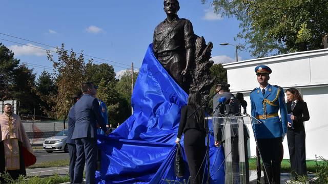 'Zgroženi smo spomenikom Tepiću, vi veličate terorizam...'