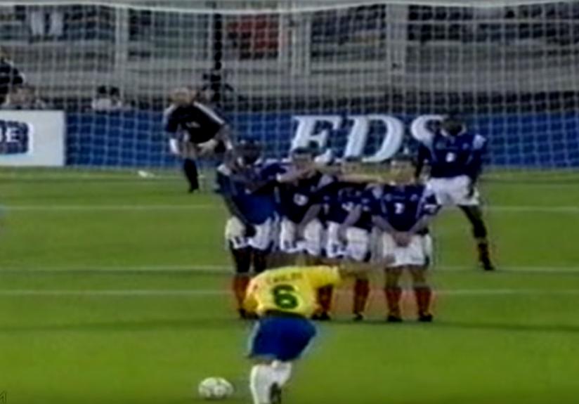 Roberto Carlos i dva desetljeća poslije ima top u moćnoj ljevici!