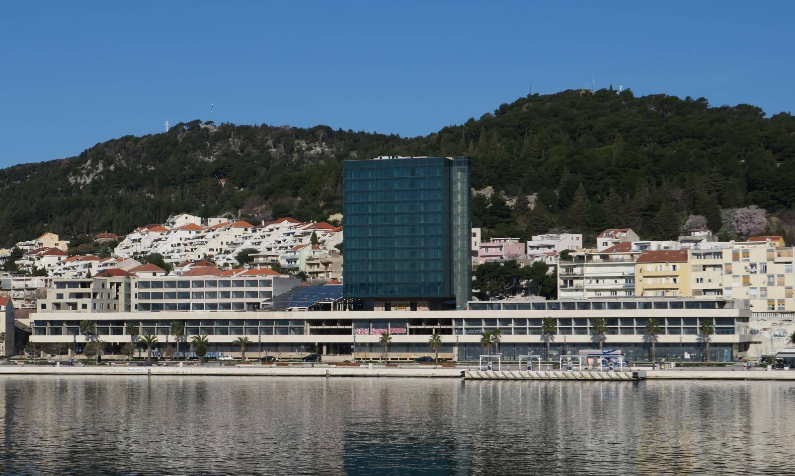 Bivši radnici splitskog Hotela Marjan i dalje pitaju: Gdje je nestalo 60 milijuna eura?