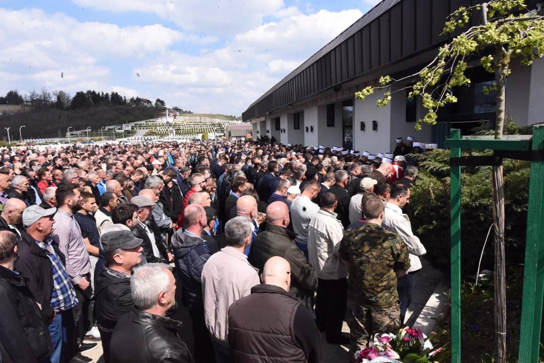 Zajedno poginule: Pokopane zaposlenice škole u Sarajevu