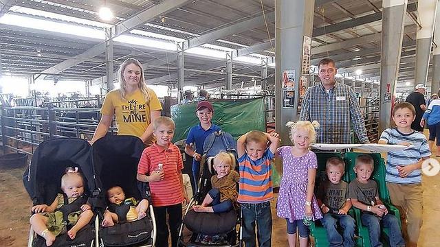 Velika obitelj: Imaju 11 djece i sve sve će ih školovati kod kuće