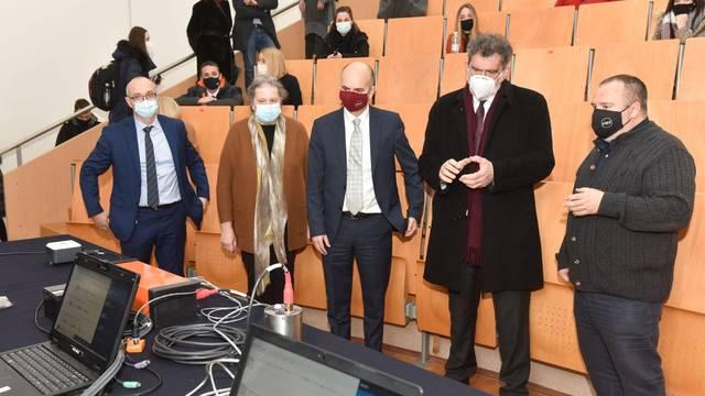 Zagreb: Na PMF-u je predstavljena nova oprema Seizmološke službe