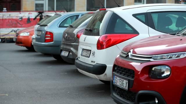 Hrvati zbog korona krize sve manje kupuju nove automobile