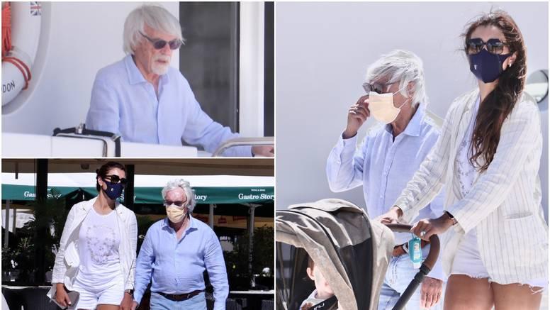Bernie Ecclestone (90) prošetao Trogirom s jednogodišnjim sinom i ženom Fabianom (44)