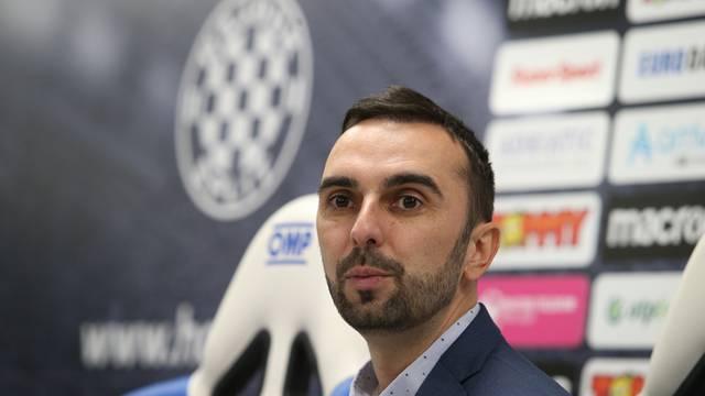 Split: Sportski direktor Hajduka, Ivan Kepčija, održao konferenciju za medije