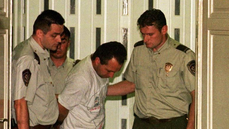 Ovaj monstrum je ubio tri žene u sudnici u Zagrebu:  Upucao je suprugu, odvjetnicu i sutkinju