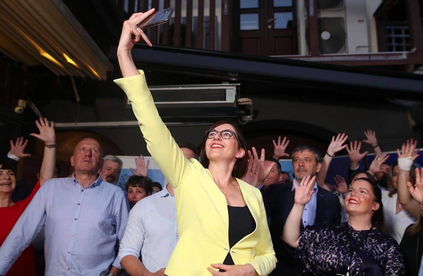 Prvi neslužbeni rezultati - Stanka s imenom i prezimenom, Fokus i Pametno ima 1 mandat